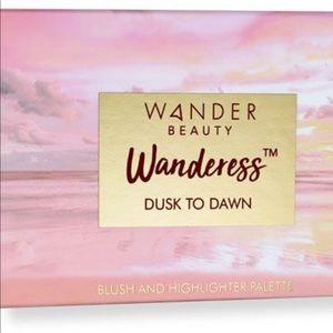 Wanderess Dusk to Dawn Blush & Highlighter Palette